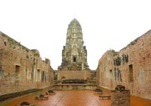 Wat Ratchaburana 01