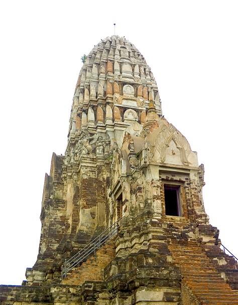 Wat Ratchaburana 02