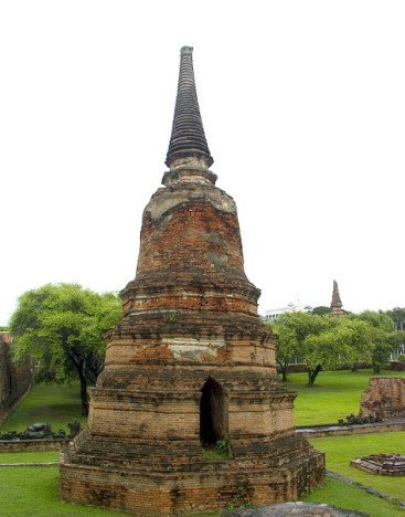 Wat Ratchaburana 04