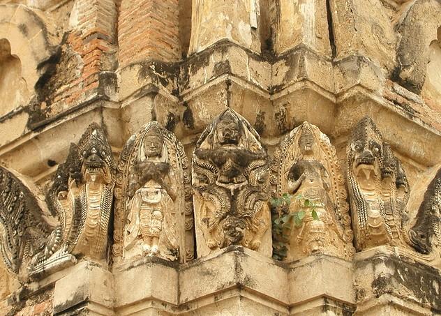 Wat Si Sawai 04