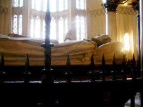 Westminster Abbey 30 (tombe van Mary queen of Scots)