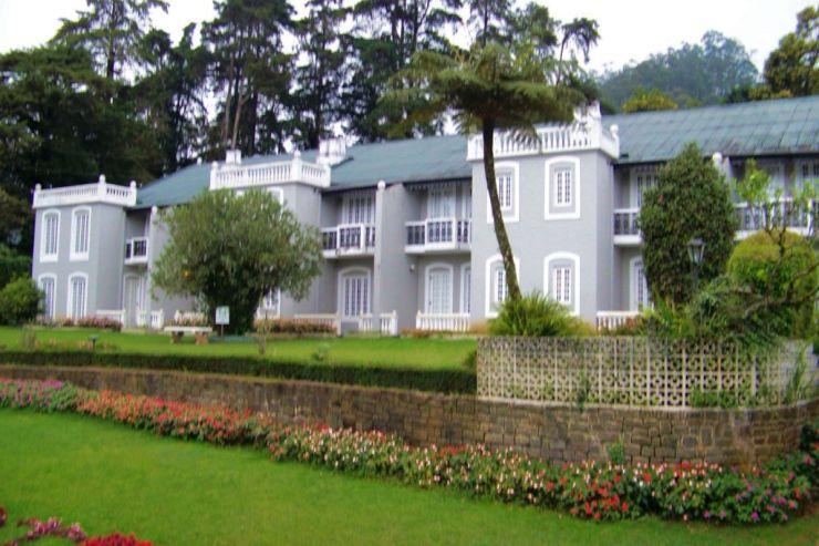 Hotel (5)