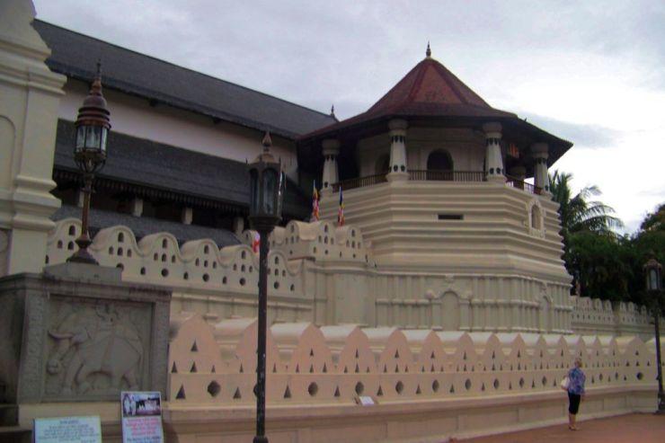 Tempel van de Tand (15)