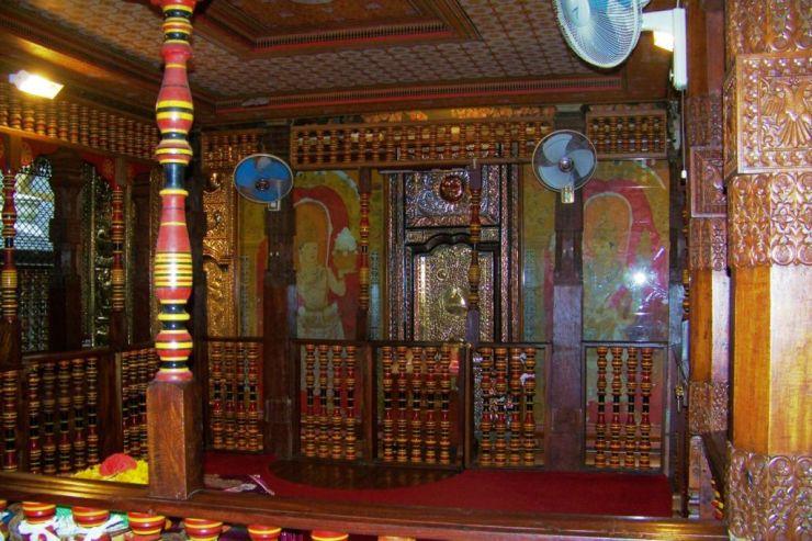 Tempel van de Tand (3)