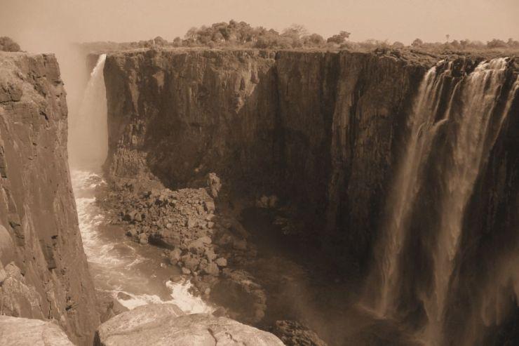 Victoria Falls (40)