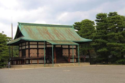 former-imperial-palace-18