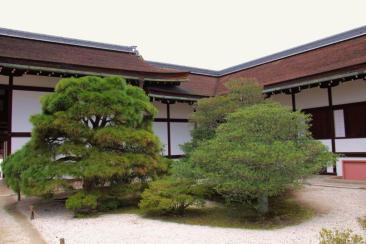 former-imperial-palace-23