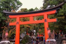 fushimi-inari-taisha-shrine-11