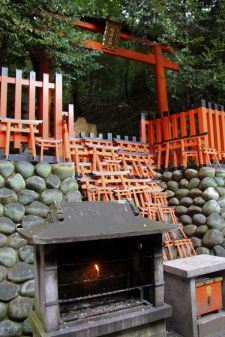 fushimi-inari-taisha-shrine-21