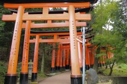 fushimi-inari-taisha-shrine-23