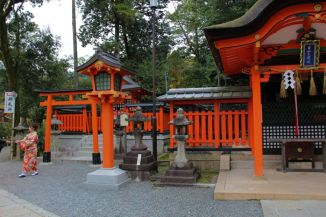fushimi-inari-taisha-shrine-30