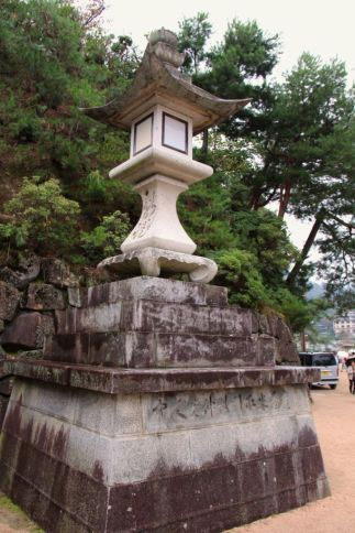 itsukushima-shrine-15