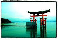 itsukushima-shrine-16