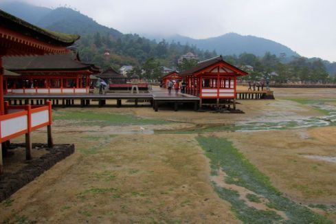 itsukushima-shrine-20