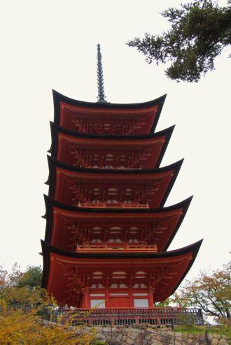 itsukushima-shrine-39