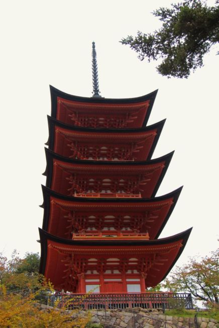 itsukushima-shrine-39