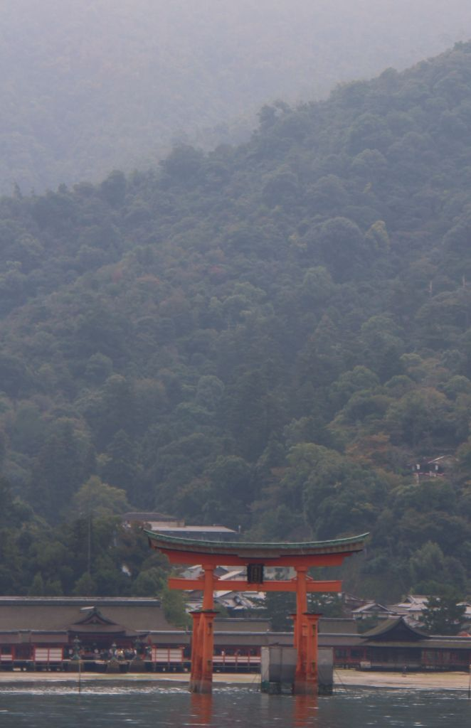 itsukushima-shrine-4