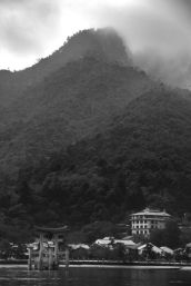 itsukushima-shrine-8