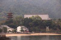 itsukushima-shrine-9