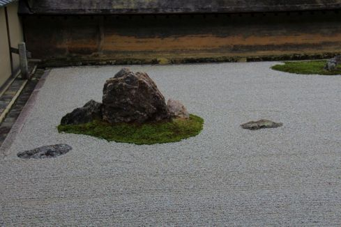 ryoan-ji-temple-10