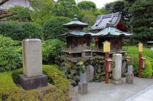 senso-ji-temple-23