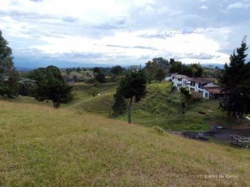 Villa Carlos Lehder (8)
